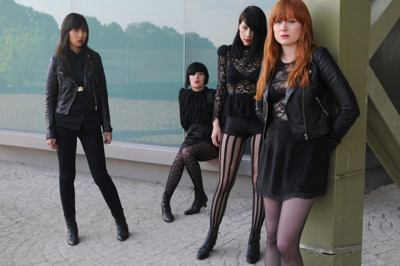 Dum Dum girls 4