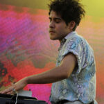 "Neon Indian llevó ""Annie"" a The Tonight Show"